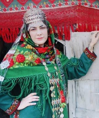 جایگاه زبان ترکی در اعتلای فرهنگ و هویت مردمان آذربایجان