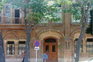 آموزش زبان آذری توسط فرهنگستان زبان فارسی در تبریز
