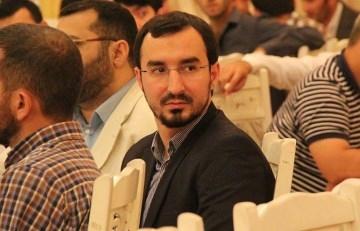 روزنامه آزادلیق: فرق بین طالع باقرزاده و الهام علیف چیست؟ هر دو مدح رهبر می کنند