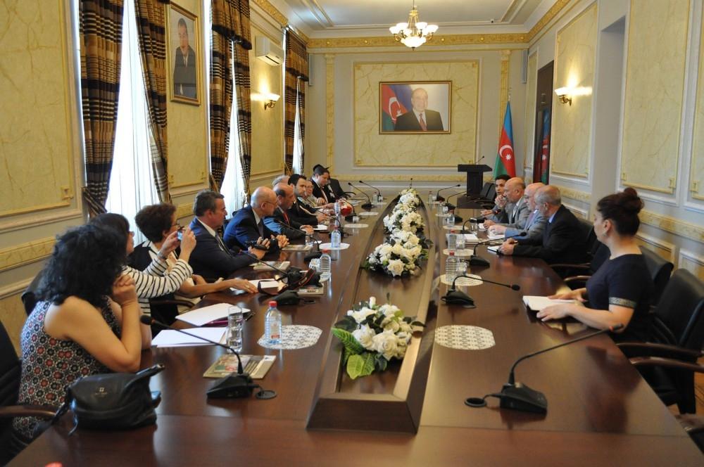 مقام رسمی باکو:جمهوری آذربایجان پس از فلسطین دومین مامن یهودیان است!