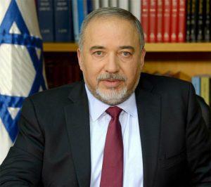 آویگدور لیبرمن چند روز پس از رای مثبت به قطعنامه قدس: باکو متحد استراتژیک اسراییل است
