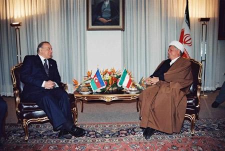 حیدر علیاف: اراضی جمهوری آذربایجان متعلق به ایران بود،آن را تحت قدرت خود بگیرید