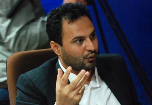 مرده باد پوپولیسم/ پاسخ محقق آذری به اظهارات سخیف حسن نژاد