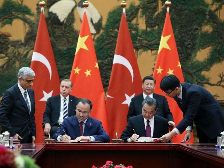 توافق نامه استرداد مجرمین بین ترکیه و چین/ آیا ایغورها در خطر هستند؟