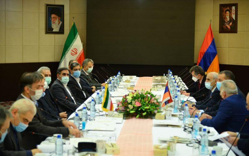 سفر همزمان وزیران اقتصاد باکو و ارمنستان به ایران در کمتر از یک هفته